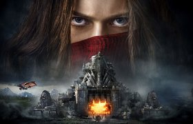 Peter Jackson, Philippa Boyens and Christian Rivers on Mortal Engines